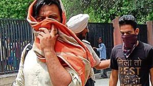 Patients being taken to Swami Vivekananda Drug De-addiction Centre after being rescued.(HT File Photo)