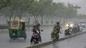 Having missed its earlier deadline to clean all rainwater harvesting pits in the city by June 15, the Municipal Corporation of Gurugram(MCG), whose concessionaire has only been able to clean 120 of 627 such pits, has set a fresh deadline of June 30 for the job even as pre-monsoon showers hit the city on Monday.(AP Photo)