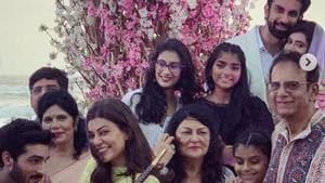 Sushmita Sen with her family at brother Rajeev's Goa wedding.(Instagram)