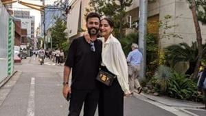 Sonam Kapoor pens heartfelt post for husband Anand, asks 'How did I get so lucky to marry my best friend?' See pics