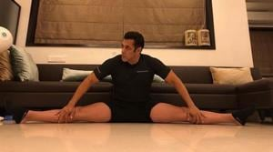 Salman Khan flaunts his flexible body with a perfect split. See pic