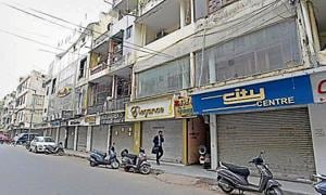 South civic body puts off sealing in Delhi's Amar Colony