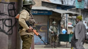 Groups owing allegiance with global terror groups like al Qaida and IS that have emerged in Kashmir over the last few years have been critical of Pakistan.(HT Photo)