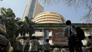 On the other hand, Yes Bank, HCL Tech, Vedanta, Sun Pharma, Tata Steel, L&T, HDFC Bank and NTPC fell up to 3.56 per cent.(HT Photo)