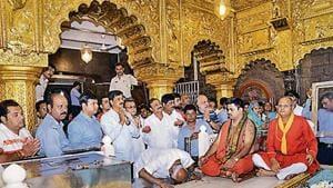 Karnataka rebel Congress MLAs visit Shirdi shrine in Maharashtra on Saturday. (PTI Photo)