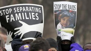 U.S. launched small-scale operations to arrest undocumented families over the weekend.(REUTERS Photo)