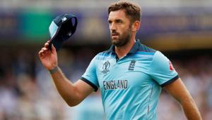 England's Liam Plunkett acknowledges the crowd(Action Images via Reuters)