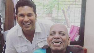 A file photo of Sachin Tendulkar with childhood coach Ramakant Achrekar.(Twitter)