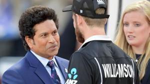 New Zealand's captain Kane Williamson (C) shakes hands with Indian legend Sachin Tendulkar.(AFP)