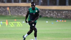 Senegal's forward Sadio Mane attends a training session in Cairo on eve of the 2019 Africa Cup of Nations (CAN) Final against Algeria.(AFP)