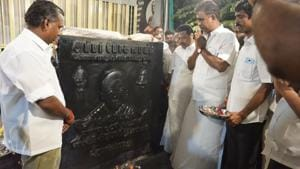 Jayalalithaa's statue is located in front of the city's Corporation Yoga Centre at Ganesapuram which is close to an Amman temple. Those who frequent the temple visit 'goddess Jayalalithaa' as well.(HT Photo)