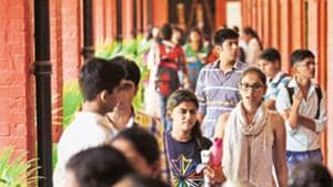 More than four lakh students applied for admission to Delhi University's undergraduate, postgraduate, and doctorate programmes this year.(Saumya Khandelwal/HT PHOTO)