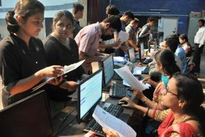 There are around 40,000 students yet to secure their admission in any college, hinting at a large number of vacant seats after regular rounds are completed.(HT Photo)