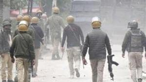 In another incident on Saturday, an ongoing gunfight at Pandushan village in Shopian continued into the second day and a joint party of police, army and CRPF killed a militant. Image used for representational purpose only.(Waseem Andrabi / Hindustan Times)