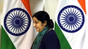 In a short stint as Dehi chief minister, Sushma Swaraj was able to leave an imprint by going beyond the call of duty(Mohd Zakir/HT PHOTO)