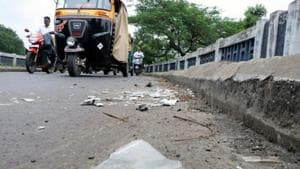This year, in the national capital, eight road accidents were caused because of negligence at construction sites. In 2018, 12 such accidents were reported.(Rishikesh Choudhary / HT Photo)