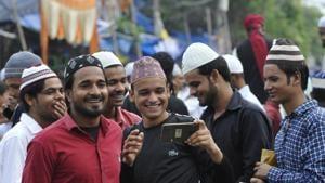 Gautam Budh Nagar celebrated Eid on Monday peacefully amid heavy deployment of police.(Photo by Sunil Ghosh / Hindustan Times)