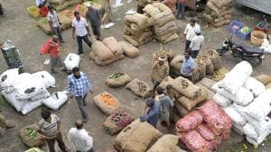 The retail inflation based on Consumer Price Index (CPI) was 3.18 per cent in June and 4.17 per cent in July 2018.(AFP file photo)