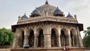 Isa Khan's tomb is one of the many miscellaneous monuments within the Humayun Tomb complex in New Delhi.(HT Photo)