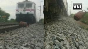 The incident was reported to the RPF by one Narasimha from Hyderabad.(Twitter/@ANI)