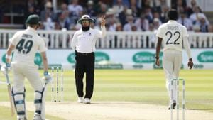 Umpire Aleem Dar warns England's bowler Jofra Archer that he has bowled two delivers above head height during play(AP)