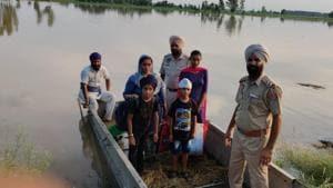 Flood threat looms over 130 Tarn Taran villages