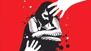 The accused, before leaving the woman on the spot, threatened her of dire consequences if she disclosed the matter, Dhama said. Police is interrogating the arrested men and a search is on for the third accused, he said.(HT image)