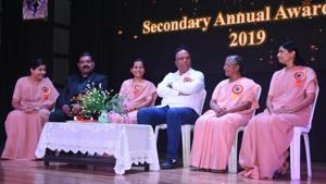 Ashish Shelar, minister of School Education, Sports and Youth Welfare for Maharashtra, was the chief guest at the annual awards day at Villa Theresa High School, Peddar Road.(HT PHOTO)