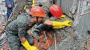 'Should've stopped my friend from going into the building', says Bhiwandi survivor