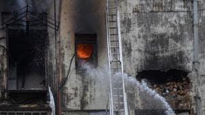 Three firemen injured in blaze at chemical godown in Mumbai