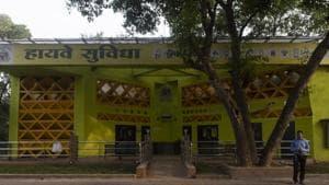 The 'Highway Suvidha' facility at Eastern Express Highway, Mankhurd, Mumbai.(Aalok Soni/HT File Photo)