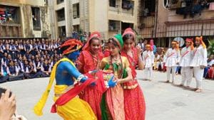 Students of Holy Angels English High School, Bhayandar, at the event.(HT)