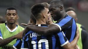 Inter Milan's Romelu Lukaku, right, celebrates after scoring.(AP)