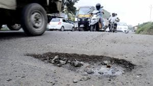 The Opposition in Goa, the Congress alleges potholes and bad roads make it difficult for motorists to follow traffic rules.(HT Photo, Representative)