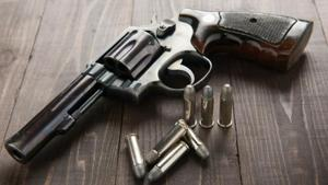 A Thane resident was robbed of ₹2 lakh by a gang of four at gun-point on the busy Ghodbunder Road on Tuesday night. (Representative Image)
