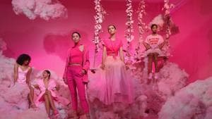 Models pose during the alice + olivia by Stacey Bendet Spring 2020 Fashion Presentation at Root Studio during New York Fashion Week: The Shows on September 9, 2019 in New York City.(Angela Weiss / AFP)