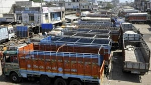 Association president Bhanu Shekhar Prasad Singh claimed the new fines were unreasonably high and the state government was least bothered.(HT image)