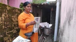 Dash cycles around the city hawking newspapers for two hours every morning.(HT PHOTO.)