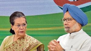 Congress president Sonia Gandhi and former PM Manmohan Singh during a high-level party meeting at the All India Congress Committee headquarters in New Delhi on Thursday.(HT image)