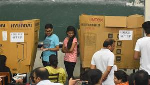 There were around 1.44 lakh registered voters across 52 colleges and departments affiliated to the DU this year.(Sanchit Khanna/HT PHOTO)
