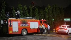 Fire brigade out side Rashtriya Chemical Fertiliser's plant in the Chembur after a complains of gas leakage various parts in Mumbai.(Vijayanand Gupta/HT Photo)