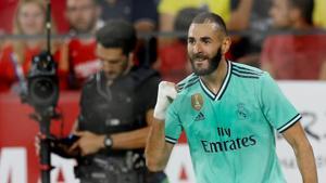 Real Madrid's Karim Benzema celebrates.(REUTERS)