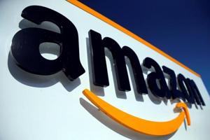 Woman accuses Amazon delivery man of bid to 'hypnotise, rape', refuses to file case