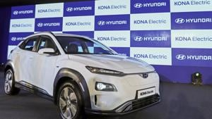 The Hyundai Motor Co. Kone electric compact sports utility vehicle (SUV) stands on display during the vehicle's launch, on Tuesday, July 9, 2019.(Bloomberg File)