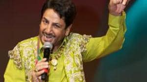 Singer Gurdas Maan recently cancelled his performance in Kolkata over a replica of Golden Temple being set up at the venue.(File Photo)