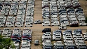 India's passenger vehicle sales plunge 24% in September amid slowdown in auto sector