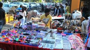 The vendors operating from non-vending zones and other registered vendors across the city would be relocated to 44 zones identified by the town vending committee of MC.(HT PHOTO)