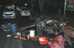 Mangled remains of the cycle rehri that met with the accident near the CSD canteen in Phase 10.(HT PHOTO)