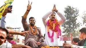 Jannayak Janta Party (JJP) candidate Ramkaran celebrates after his win, in Shahabad, Haryana.(Photo by Sanjeev Sharma/ Hindustan Times)
