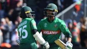 File image of Mahmudullah and Shakib AL Hasan.(AFP)